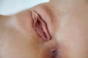 [Image: th_127203960_Violette_Pink_m_a_arpeja_5_122_178lo.jpg]