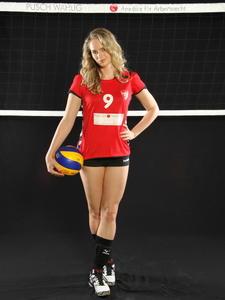 http://img46.imagevenue.com/loc239/th_728912350_Volleyball_Bundesliga13_122_239lo.jpg