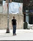 New Jake Gyllenhaal cycling & riding skateboard - 4/19