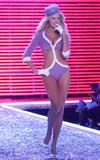 th_77222_celebrity_city_Victoria_Secrets_Models_Show_355_123_316lo.jpg