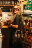Ashlee Simpson Shopping @ Madison, 11/18 - 5 HQ