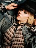 Avril Lavigne Better than swede68 resolution Foto 249 (Аврил Лавин Лучше, чем swede68 резолюции Фото 249)