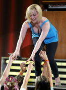 Kellie Pickler loves leaning forward