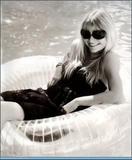 Emilie De Ravin Cosmo Girl Foto 106 (Эмили Де Рэйвин  Фото 106)