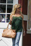 Goldie Hawn (Pokies) - Out for Lunch in Brentwood With a Friend. March 25, 2007
