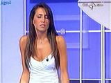 [IMG]http://img46.imagevenue.com/loc595/th_41446_Simona_Rolandi_-_Notti_Europee_080616_10_123_595lo.jpg[/IMG]