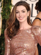 http://img46.imagevenue.com/loc596/th_81684_Anne_Hathaway_at_68th_Annual_Golden_Globe_Awards2_122_596lo.jpg